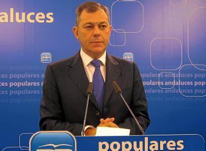 El secretario general del PP-A, José Luis Sanz, en una rueda de prensa. (EP)