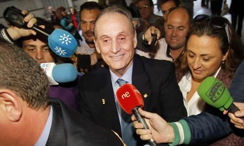 Manuel Ruiz de Lopera, tras una de sus comparecencias en los juzgados / Paco Puentes (EFE)