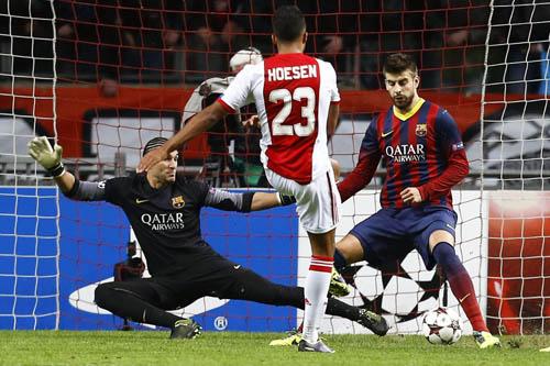 AJAX AMSTERDAM VS FC BARCELONA