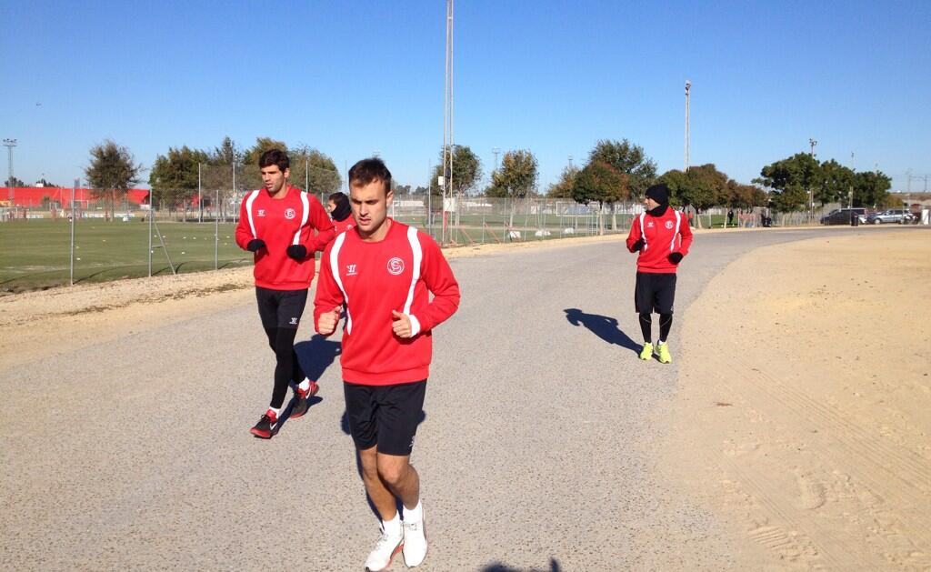 Fazio y Cala hacen carrera continua este viernes / Sevilla FC