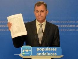 El secretario general del PP-A, José Luis Sanz, ayer.