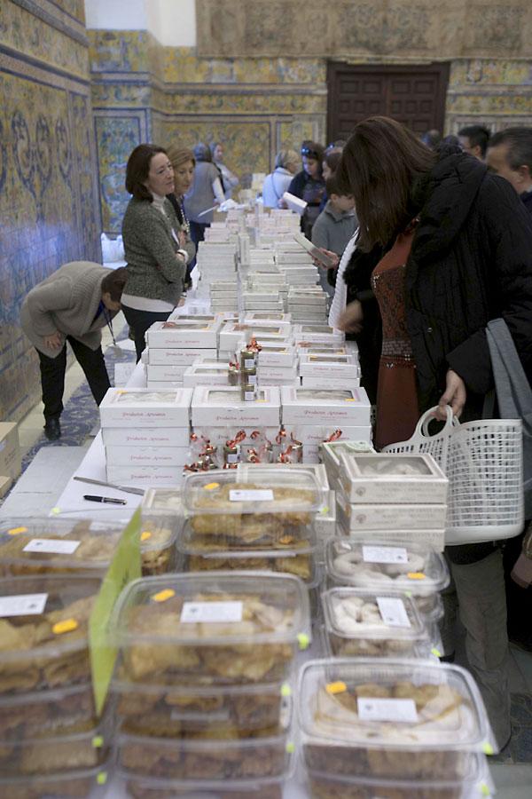 Muestra de dulces de convento en los Reales Alcázares. / J.M.Espino (Atese)