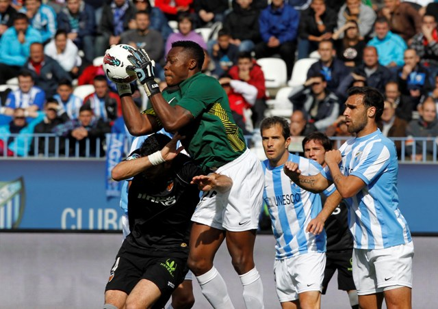 Carlos Kameni, en un partido con el Málaga.