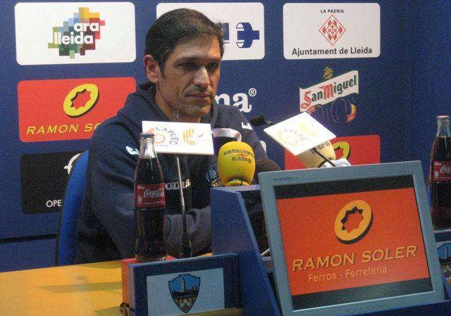 Toni Seligrat, hoy en la rueda de prensa previa al partido contra el Betis.