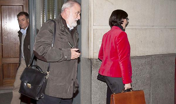 Rodrigo Torrijos saliendo de los Juzgados.