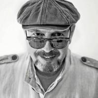 Javier Ruibal, un veterano rodeado de jóvenes músicos de primera para un disco sobresaliente.