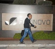 Abogados salen de la sede de Fitonovo tras el registro