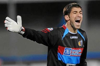 Mariano Andújar, meta argentino del Catania.