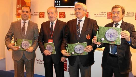Fernando Rodríguez Villalobos, entre César Pimienta, Gonzaga Escauriaza y José Miguel de Nicolás, en la presentación de Swing Sevilla en Fitur.