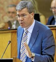 El alcalde de Jaén, José Enrique Fernández de Moya, podría dejar el ayuntamiento para incorporarse a la dirección andaluza