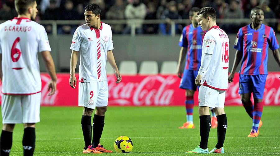 Bacca y Gameiro, el pasado sábado en el partido ante el Levante.