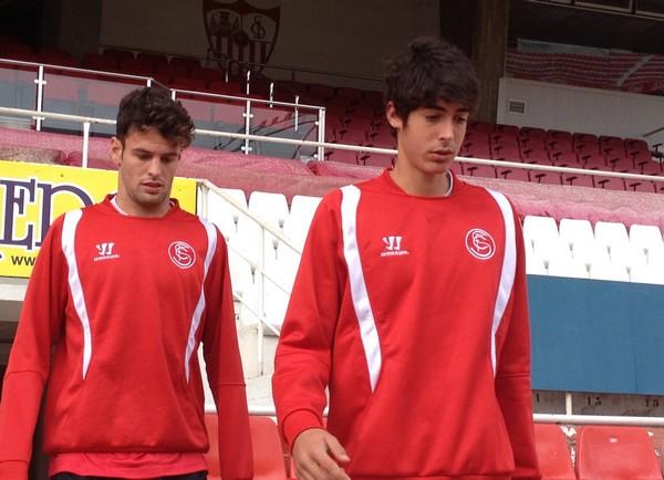 Moi y Carlos Fernández pueden debutar hoy en Liga. (Foto: SFC)