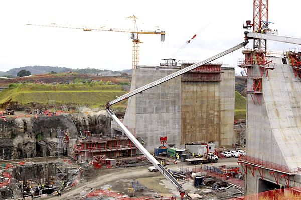 Obras de la ampliación del Canal de Panamá. / EFE