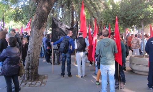 Manifestación en apoyo a las familias de la 'Corrala Utopía'