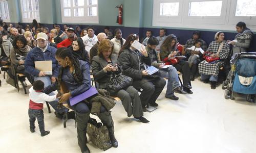 La comunidad latinoamericana pierde peso en el padr n de for Oficina de extranjeria aluche