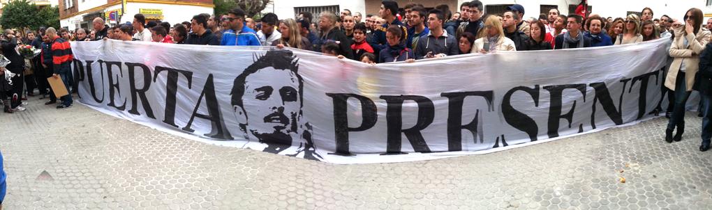 Los Biris llevaron unna pancarta del jugador (SFC1890.com)