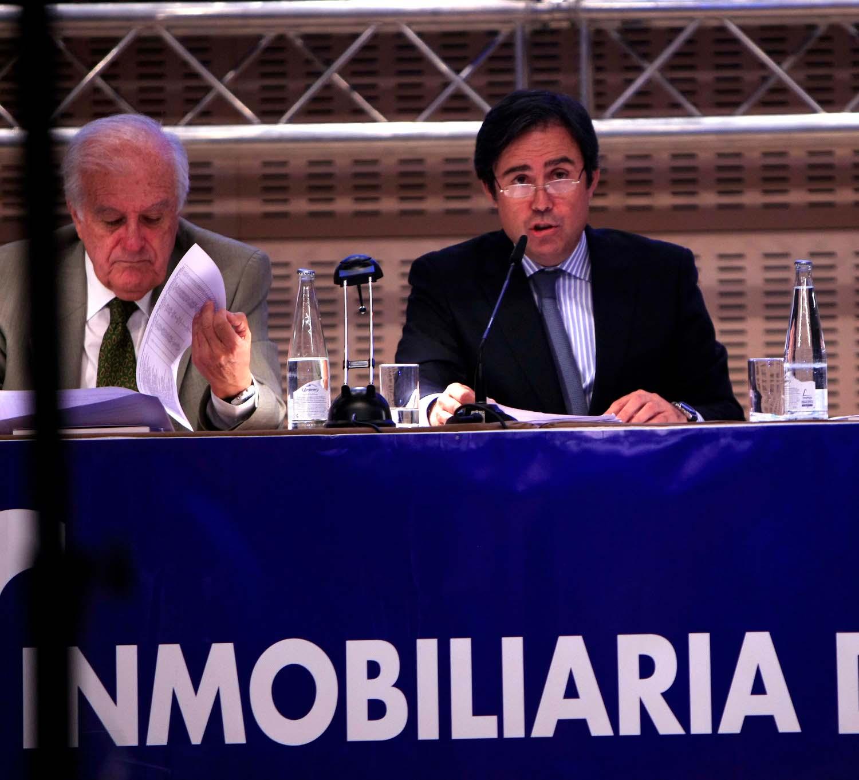 A la derecha, Ricardo Pumar, presidente de la sevillana Inmobiliaria del Sur. / PACO CAZALLA