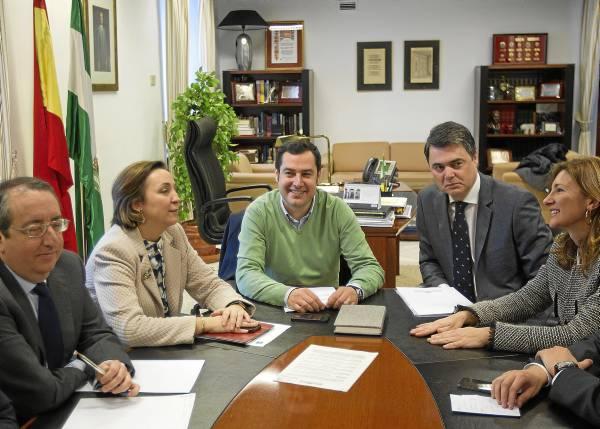 MORENO BONILLA SE REÚNE CON EL GRUPO PARLAMENTARIO POPULAR