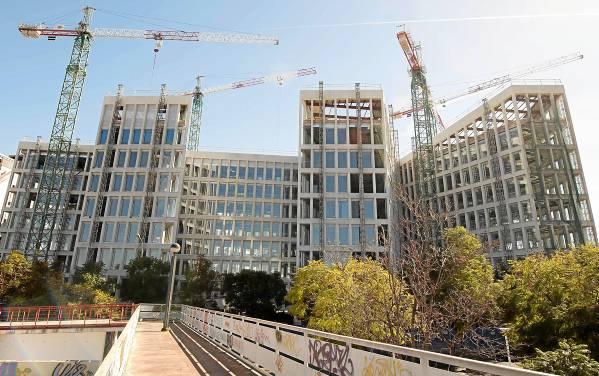 Sevilla 19 02 2014: Edificio Junta de Andalucia.FOTO:J.M.PAISANO