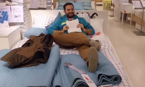 Francisco Manuel en la cama Malm.