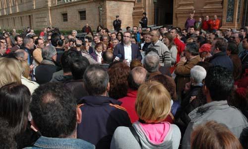 Protesta de trabajadores y vecinos de Los Palacios