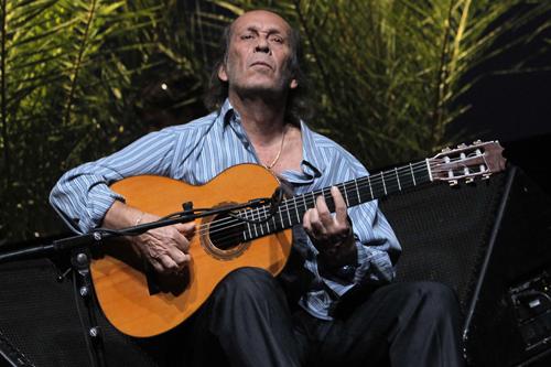 Sevilla 09-10-2010. Concierto de Paco de Lucía como clausura de la Bienal de Flamenco de Sevilla: FOTO: PACO PUENTES/nPhoto