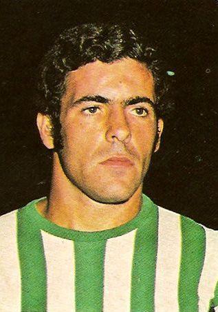 Antonio Benítez, con la camiseta del Betis.