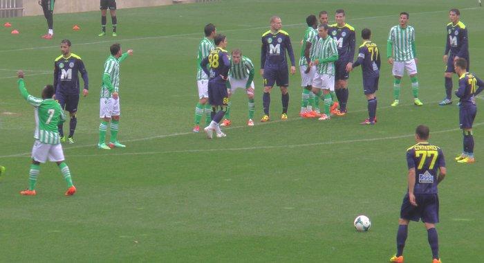 Una imagen del amistoso de este domingo entre el Betis y el Puskas Akademia / Real Betis