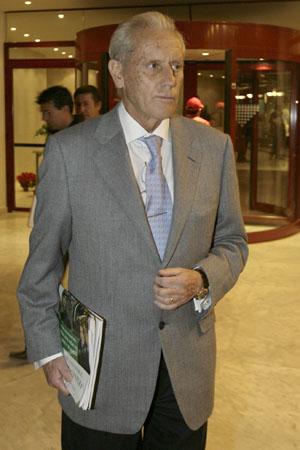 Hugo Galera, expresidente del Betis, a su llegada a una junta de accionistas / J.M. Cabello