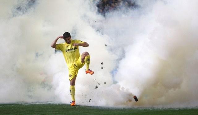 Jonathan Pereira patea el bote de gas, el sábado en El Madrigal / Carme Ripollés