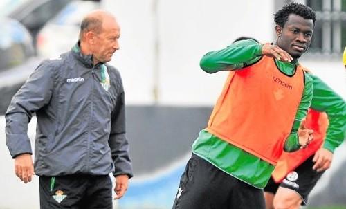 Nosa vuelve a caerse de los entrenamientos por problemas físicos / Kiko Hurtado