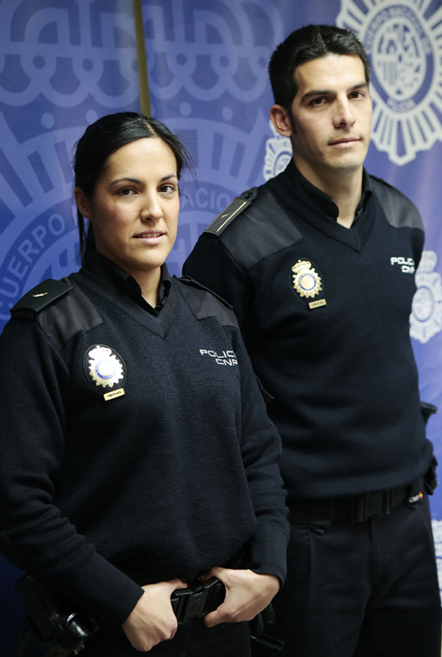 policias-locales-bebe-v