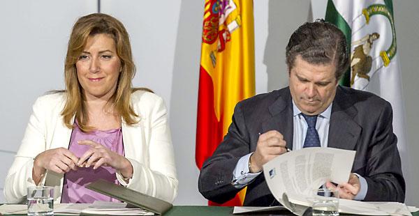 La presidenta de la Junta de Andalucía, Susana Díaz, y el presidente de Endesa, Borja Prado, este jueves en Sevilla. / EFE