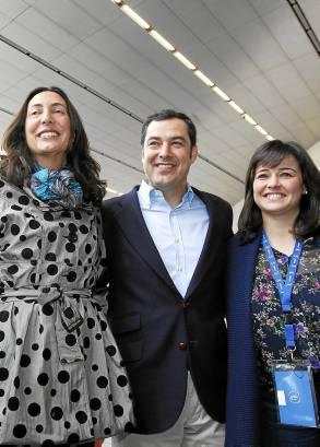 Moreno con López Gabarro y Virginia Pérez. / José Manuel Vidal (EFE)