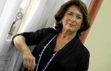 Rosa Muñoz, en el que fue su despacho en el Servicio de Atención a la Comunidad de la Universidad de Sevilla. / Paco Puentes