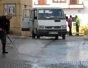 Los municipios mantienen como servicio público la limpieza viaria.