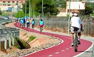 Ampliar las vías ciclistas y dar prioridad al peatón son prioridades de Fomento