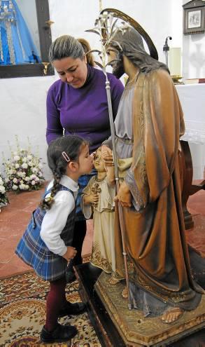 Besamanos del patrón de La Puebla de Cazalla, San José.