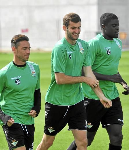 Rubén Castro, Baptistao y N'Diaye serán titulares salvo sorpresa / Kiko Hurtado