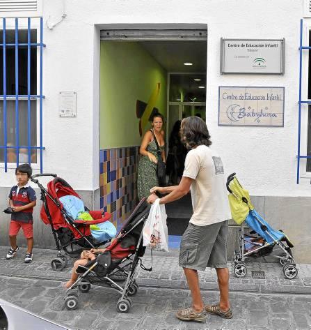 Sevilla 03 09 2012 Primer dia de guarderiaFOTO:J.M.PAISANO