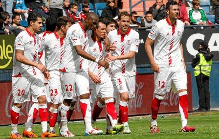 Los jugadores del Sevilla celebrando uno de los goles. / Cristina Abadía.