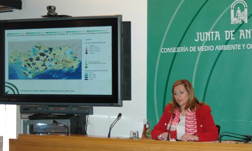 La consejera de Medio Ambiente, María Jesús Serrano, compareció ayer con motivo del Día Mundial del Agua. / Foto: El Correo