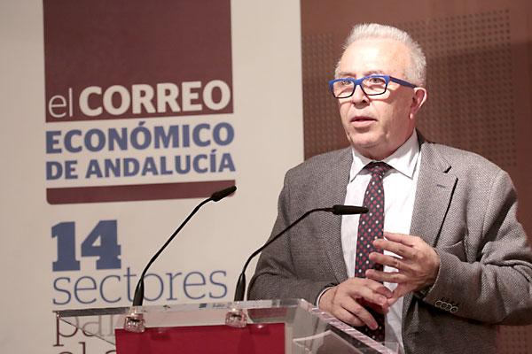 El consejero de Economía, José Sánchez Maldonado, defendió el papel de los sectores que deben liderar el crecimiento de la economía. / Pepo Herrera