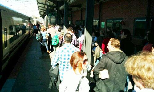 Los viajeros se tuvieron que bajar en la estación de Puertollano. / Imagen de @punarschopra