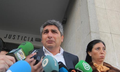 Juan José Cortés (c).