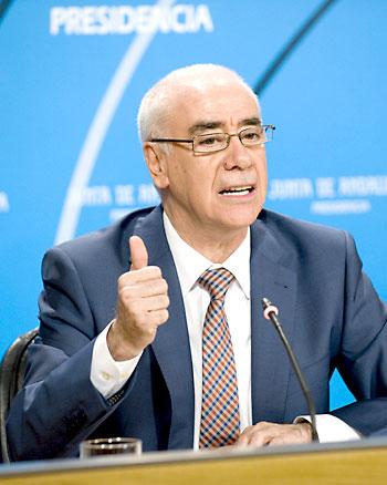 El consejero de Educación, Cultura y Deporte,  Luciano Alonso.