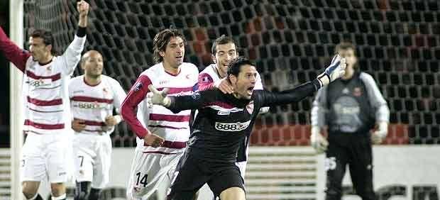 Palop, tras su histórico gol de cabeza.