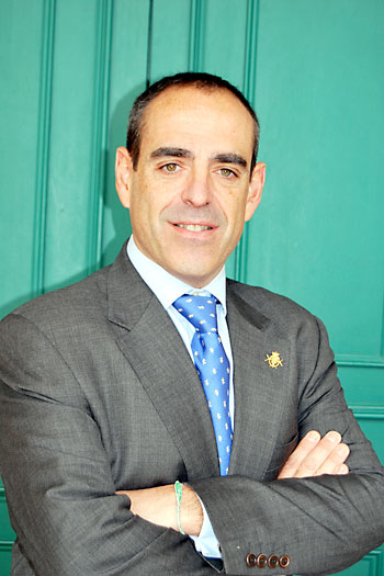 Juan Manuel PIñas, hermano mayor.