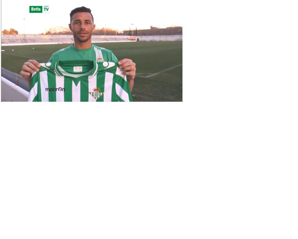 El 2-0, de Rubén Castro: el balón entra cerca de la escuadra tras tocar en Rafa / Ramón Navarro