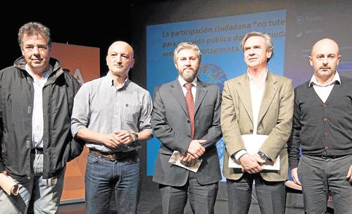 Iniciativa Sevilla Abierta (ISA) reunió a Fausto Arroyo, José Luis Calvo, Pedro Torres y Miguel Ángel Ferrer, moderados por JuanRubio, en un apasionante coloquio / Foto: J. M. Paisano